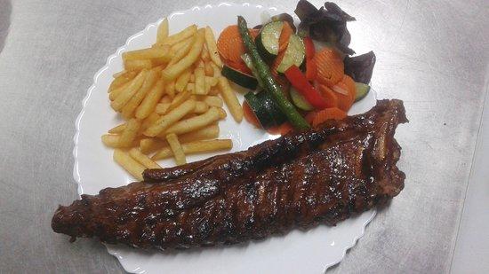 Restaurant Rendezvous: Spareribs