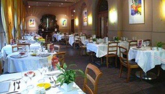 Le Royal Hotel : Restaurant