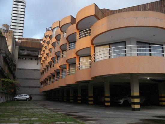 Marsallis Flat Ponta Negra: Vista do estacionamento