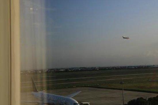 Hotel Novotel Taipei Taoyuan International Airport: 飛行機好きにはいいですね。