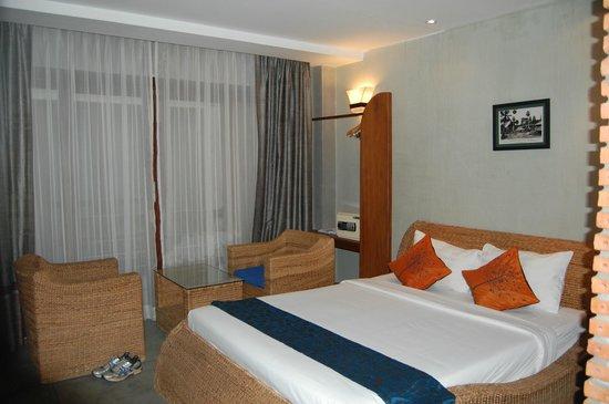Frangipani Fine Arts Hotel: Double room