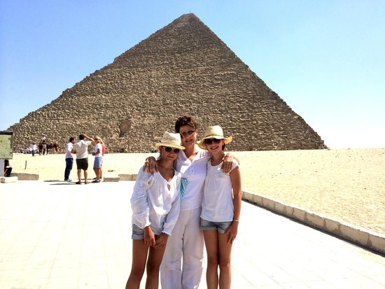 Sharm Life Day Tours: Visit to Pyramids