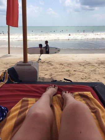 Jimbaran Beach Club (JBC): Enjoying the sun and the views from JBC!!
