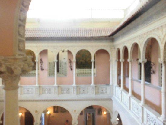 Villa & Jardins Ephrussi de Rothschild: Patio