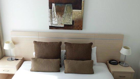 Oaks Charlotte Towers : Bedroom