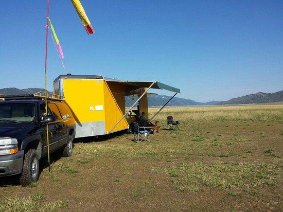 Cowboy Up Hang Gliding : Base camp