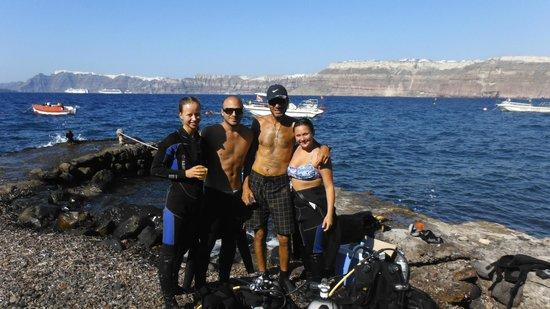 Navys Waterworld Dive Center : Caldera Beach
