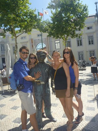 Lisbon Chill-Out Free Tour: Lisbon walking tour