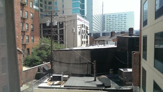 Hampton Inn Baltimore-Downtown-Convention Center: Not the best of views