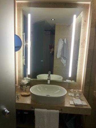 Waldhotel Stuttgart: bathroom