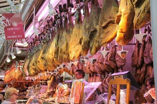 Plaza del Mercado (Plaça del Mercat): Мясо