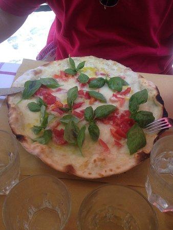 Ai Balestrari Campo de Fiori : Ottima pizza della casa