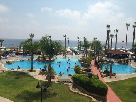 SENTIDO Cypria Bay: Pool Area