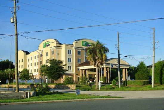 Holiday Inn Express Crystal River: Hotel