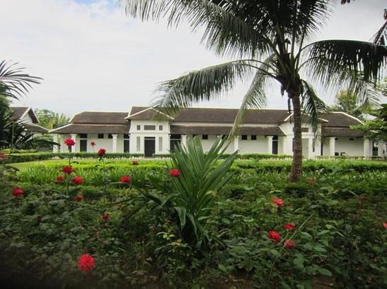 Sofitel Luang Prabang Hotel : きれいな庭