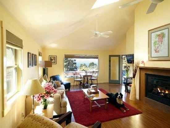 Little River Inn: Rosie's Cottage