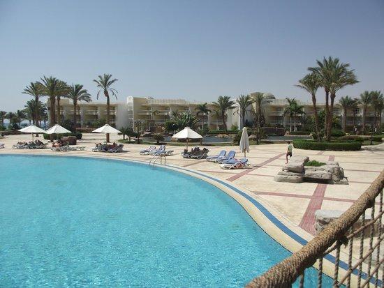 SENTIDO Palm Royale : Pool