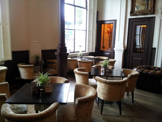 Suite Hotel Pincoffs: Bar