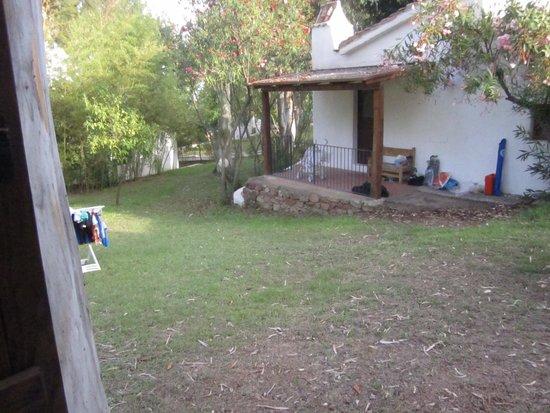 Arbatax Park Resort - Cottage: vue du bout de terrasse du cottage