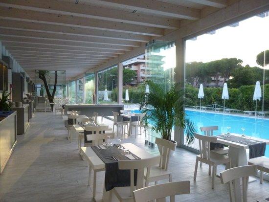 Italiana Hotels Florence: Le restaurant (salle du petit déjeuner)