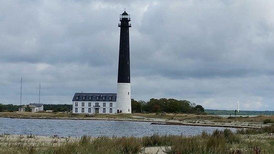 Saarenmaa, Viro: Saare lighthouse
