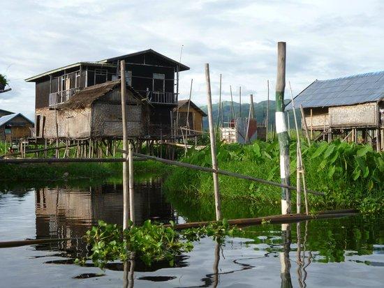 Inle Lake: 湖上の住宅