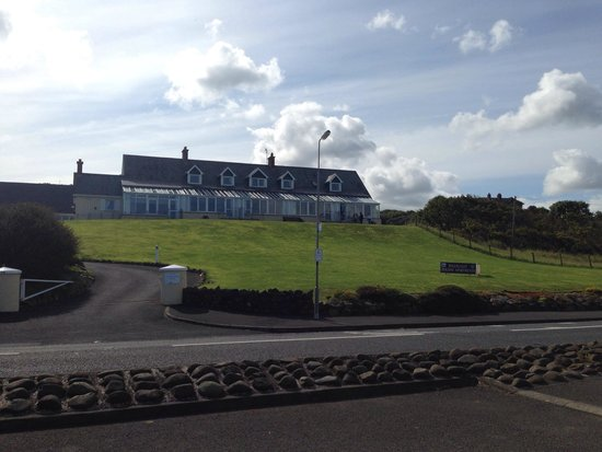 Ballygally Holiday Apartments : View of Apartments from the beach