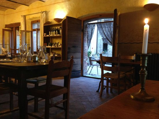 Podere Il Casale: View from our table in the dining room