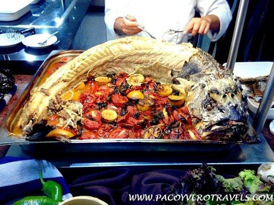Barcelo Punta Umbria Mar: Deliciosos pescados al horno