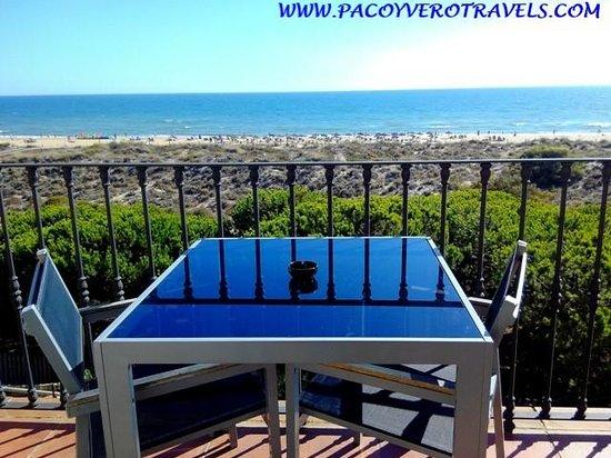 Barcelo Punta Umbria Mar: Terraza de la habitación con vistas al mar