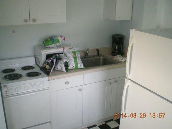 Sabal Palms Inn: Kitchen