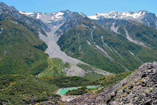Aoraki/Mt. Cook: Blue Lakes