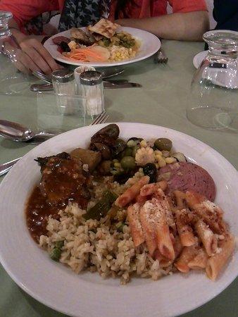 Adaaran Club Rannalhi: Lunch Time