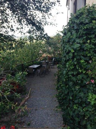 Hotel Vecchio Asilo: One of the garden areas