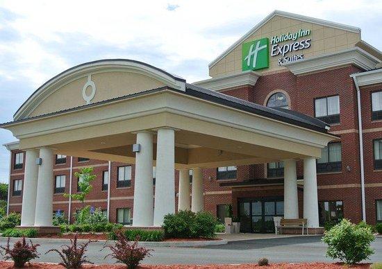 Holiday Inn Express & Suites Bridgeport: Exterior Feature