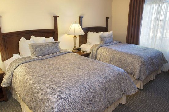Staybridge Suites Omaha 80th & Dodge: Double Bed Guest Room