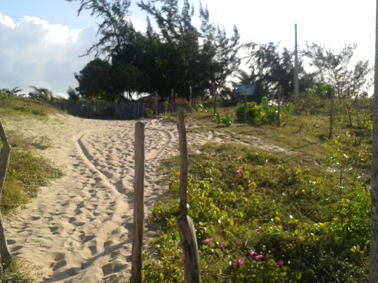 Itarema, CE : descida da praia