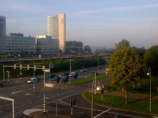 Hampton by Hilton Amsterdam Airport Schiphol: View from Queen Corner Room