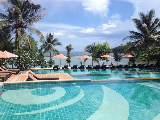 Salad Buri Resort & Spa: The pool