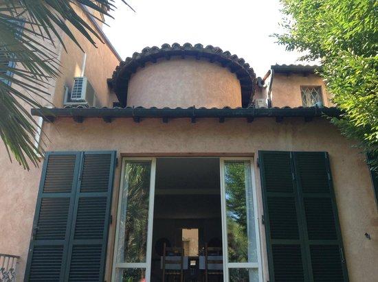 Ai Giardini di San Vitale : View of dining room from the gardens