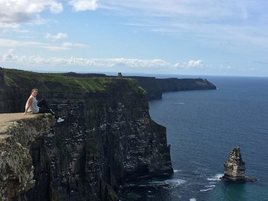 Cliffs of Moher: picture perfect place !!