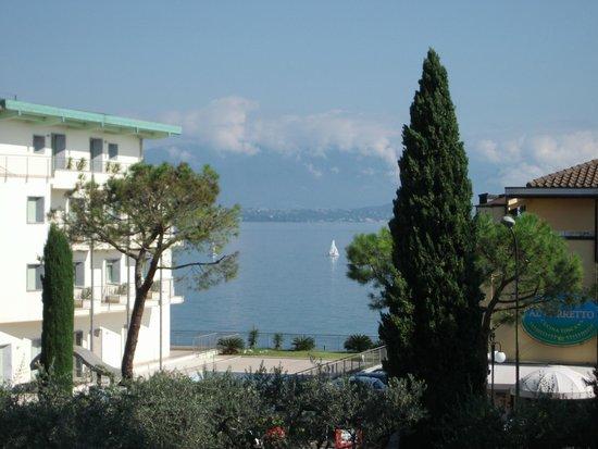 Hotel Piccola Vela: View from balcony