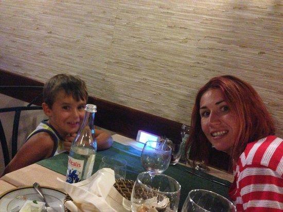 "Casa do Pintor - Gourmet & Bistro : ""He's a really nice man grandpa!"""