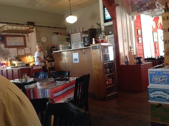 Iron Springs Cafe : Love the atmosphere