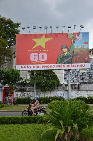 Ho Chi Minh Mausoleum: Soviet style art