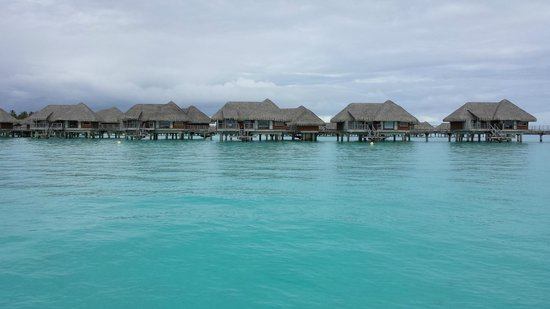 InterContinental Bora Bora Resort & Thalasso Spa: View of Bungalows from Water Taxi