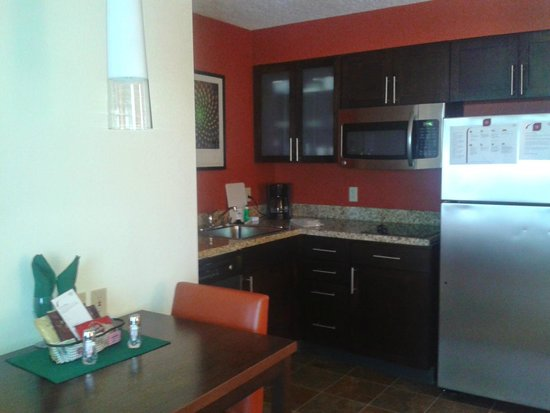 Residence Inn San Diego Carlsbad : Cocina