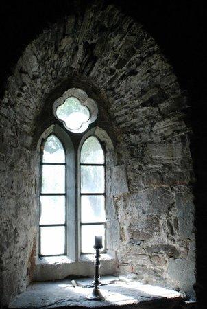 Utstein Kloster: Medieval settings