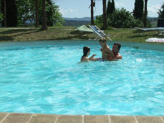 Agriturismo Quarantallina: relax in piscina