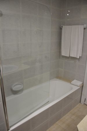 Hotel Astoria Playa Only Adults: Ванная
